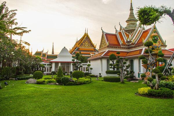 mua vé máy bay đi bangkok uy tín
