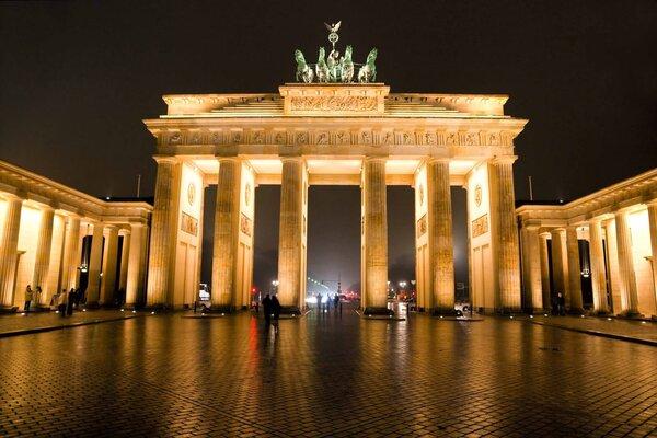 vé máy bay đi berlin mới nhất 2021